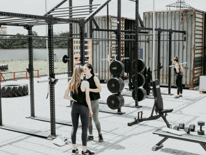 outdoor-gym-freie-gewichte